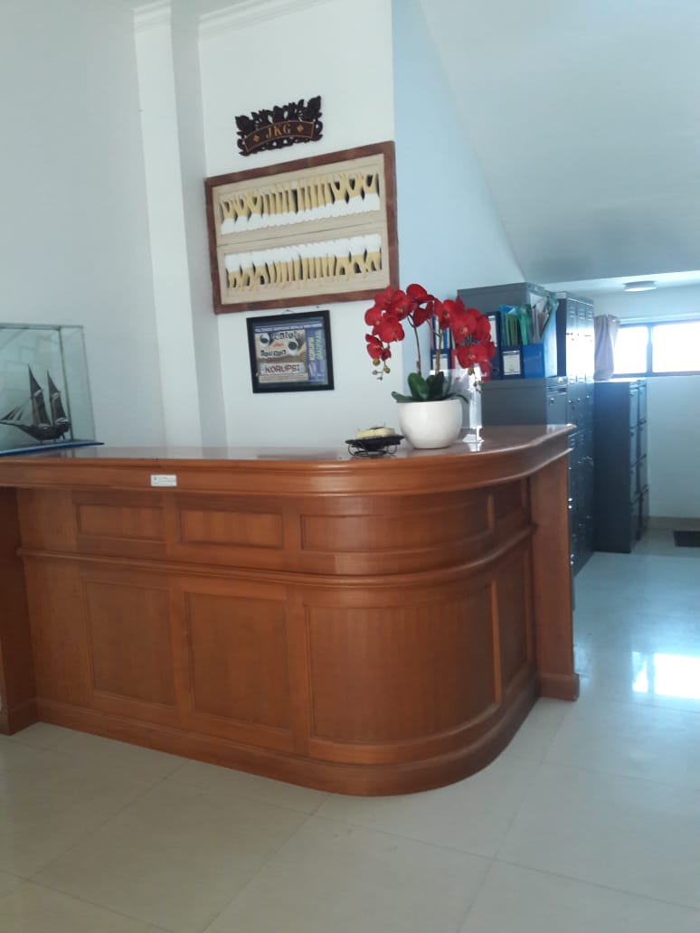 1, Front Office
